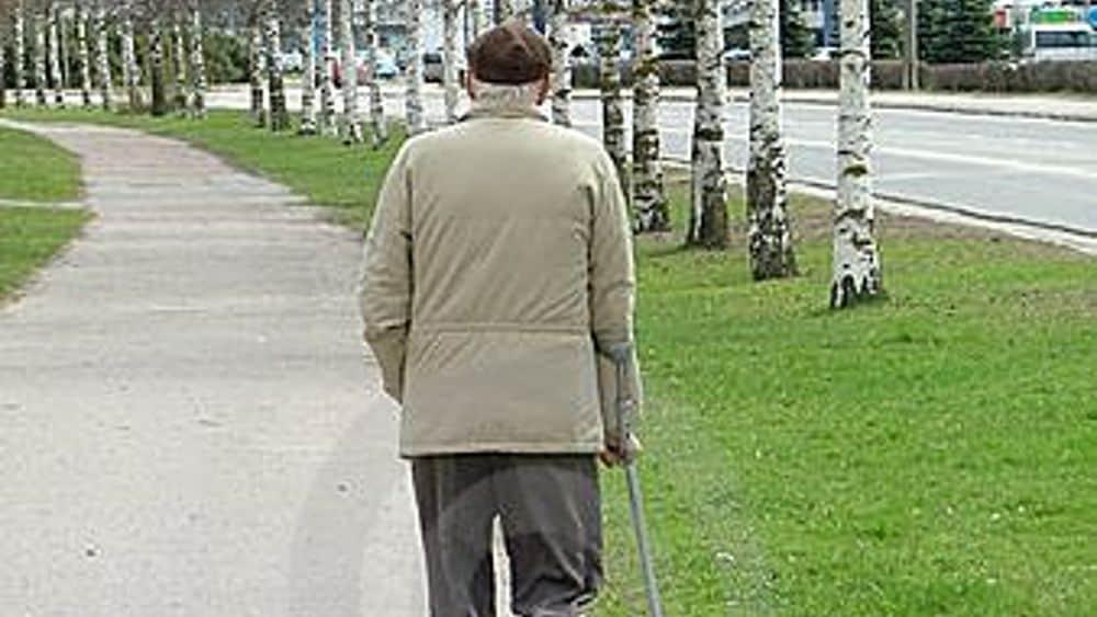 Segnalata come persona sospetta ma è un anziano in difficoltà