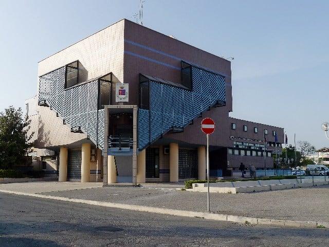 Ladispoli: domani riaprono gli uffici del palazzetto comunale