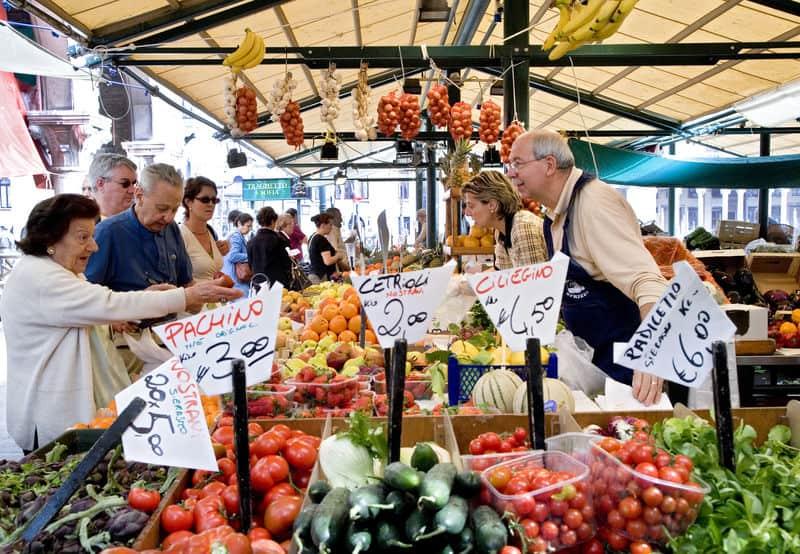 Mostra mercato in piazza