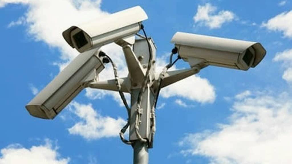Fiumicino, iniziata l'installazione delle nuove telecamere di sorveglianza