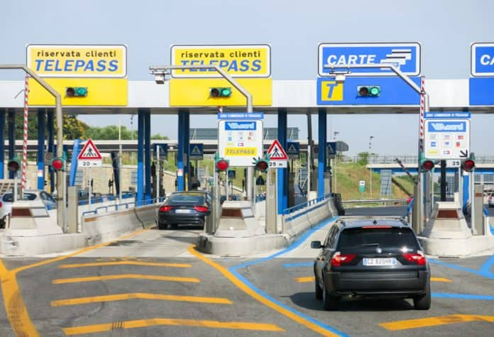 Autostrade, la norma 'salva pedaggi'