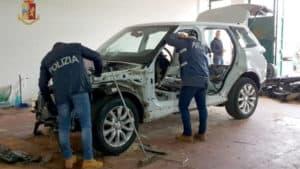 Cannibalizzava auto rubate: arrestato un meccanico