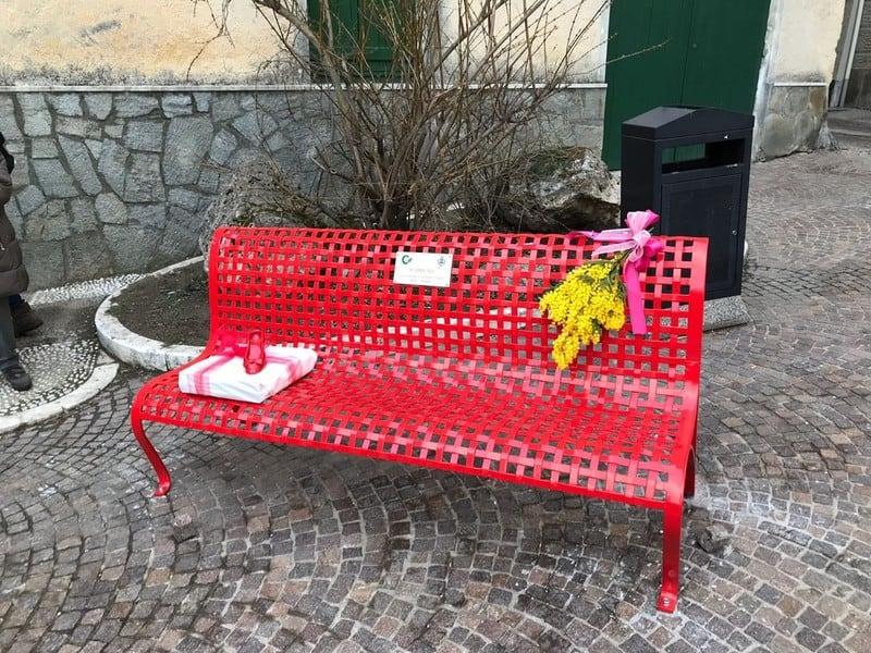 Civitavecchia, Stefano Marino: ''Una mimosa presso la panchina di viale Matteotti in onore delle donne''