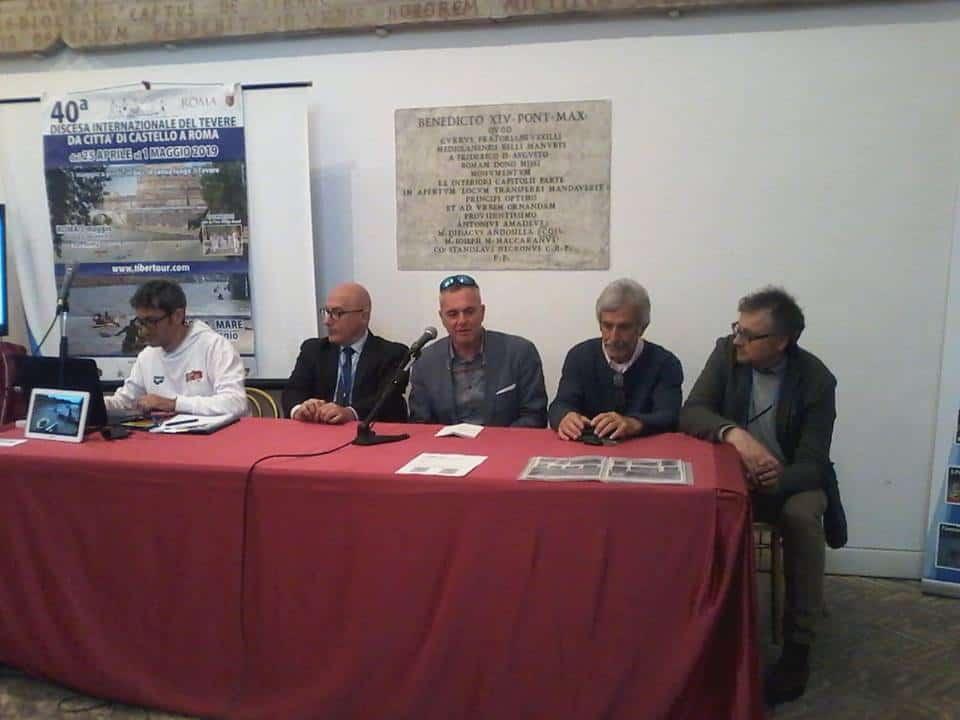 Discesa internazionale del Tevere, la tappa finale a Fiumicino