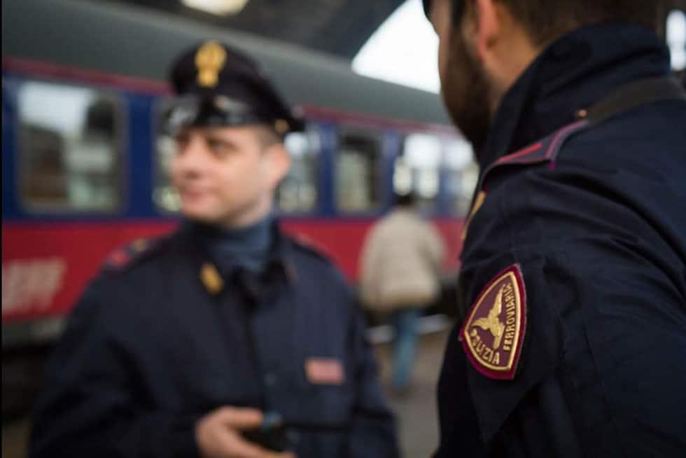Bambino cinese rintracciato a bordo treno dalla Polizia di Stato
