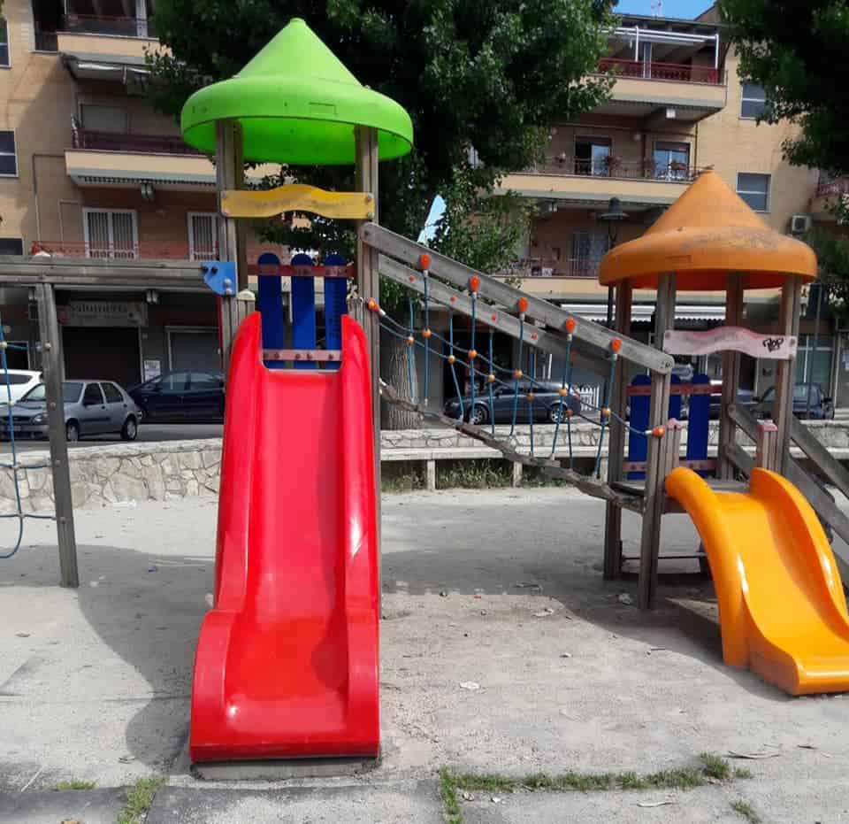 Ladispoli, riparato lo scivolo di Piazza Domitilla