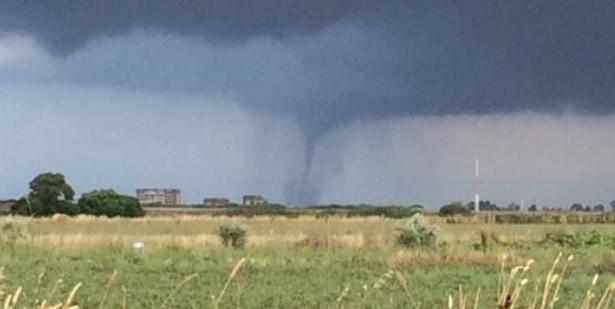 Maltempo, due tornado a Montalto (foto viterbonews)