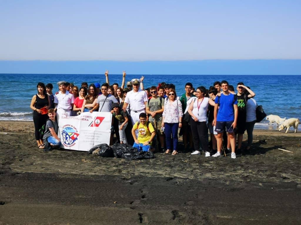 Campagna Plastic Free, la Capitaneria incontra gli studenti di Tarquinia