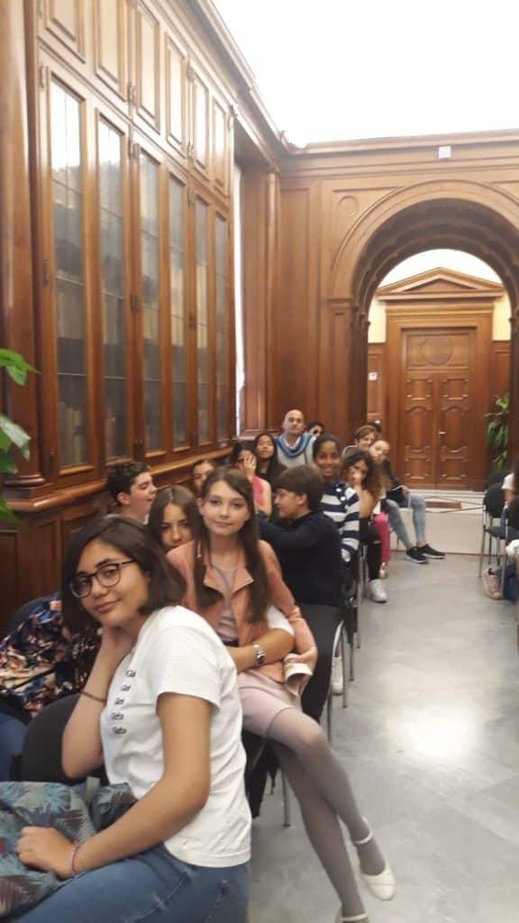 Alla Melone studenti a lezione di educazione finanziaria