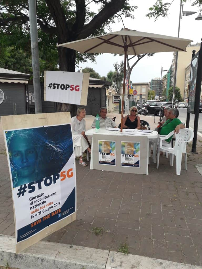 Stop al 5G, raccolte quasi 100 firme a Ladispoli
