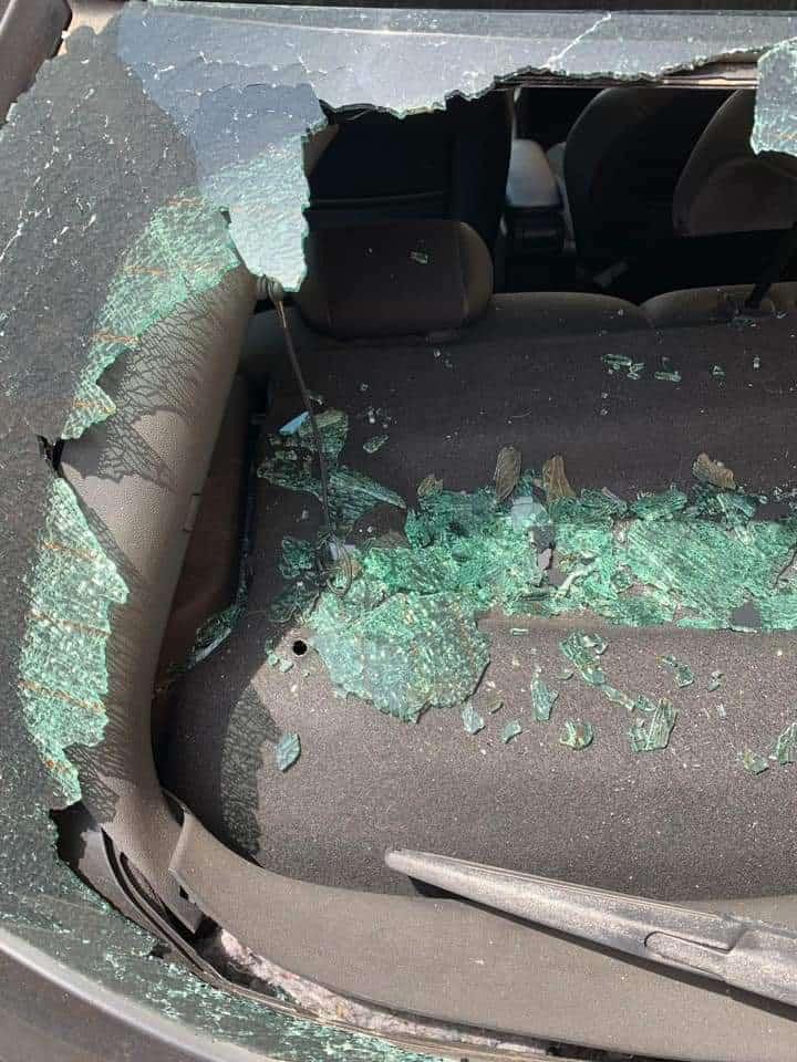 Incidente tra auto: il responsabile scappa e scatta l'appello social