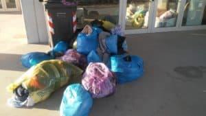 Ladispoli, 'Nessuno si salva da solo': ''Stop alla discarica di vestiti''