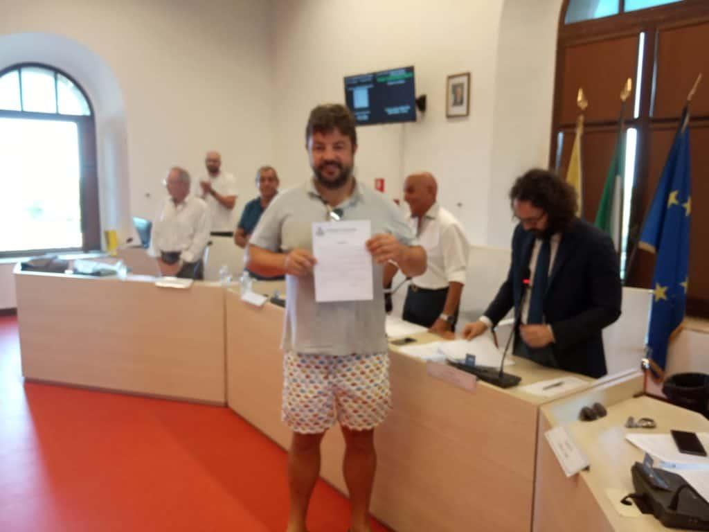 Jova Beach Party e Lungomare dei Navigatori Etruschi: Pascucci conferisce Encomi formali
