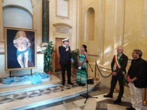 Civitavecchia, il San Sebastiano del pittore Centra consegnato alla Polizia locale