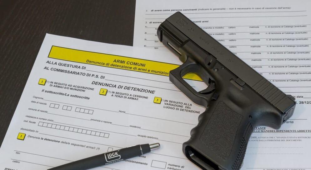 Nuovi adempimenti per i detentori di armi
