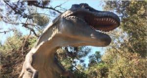 A Fregene si viaggia nella preistoria con 24 dinosauri in carne ed ossa