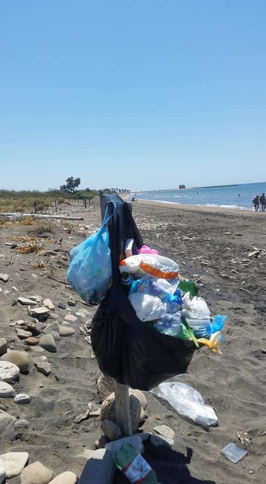Ladispoli, spiagge ricolme di rifiuti