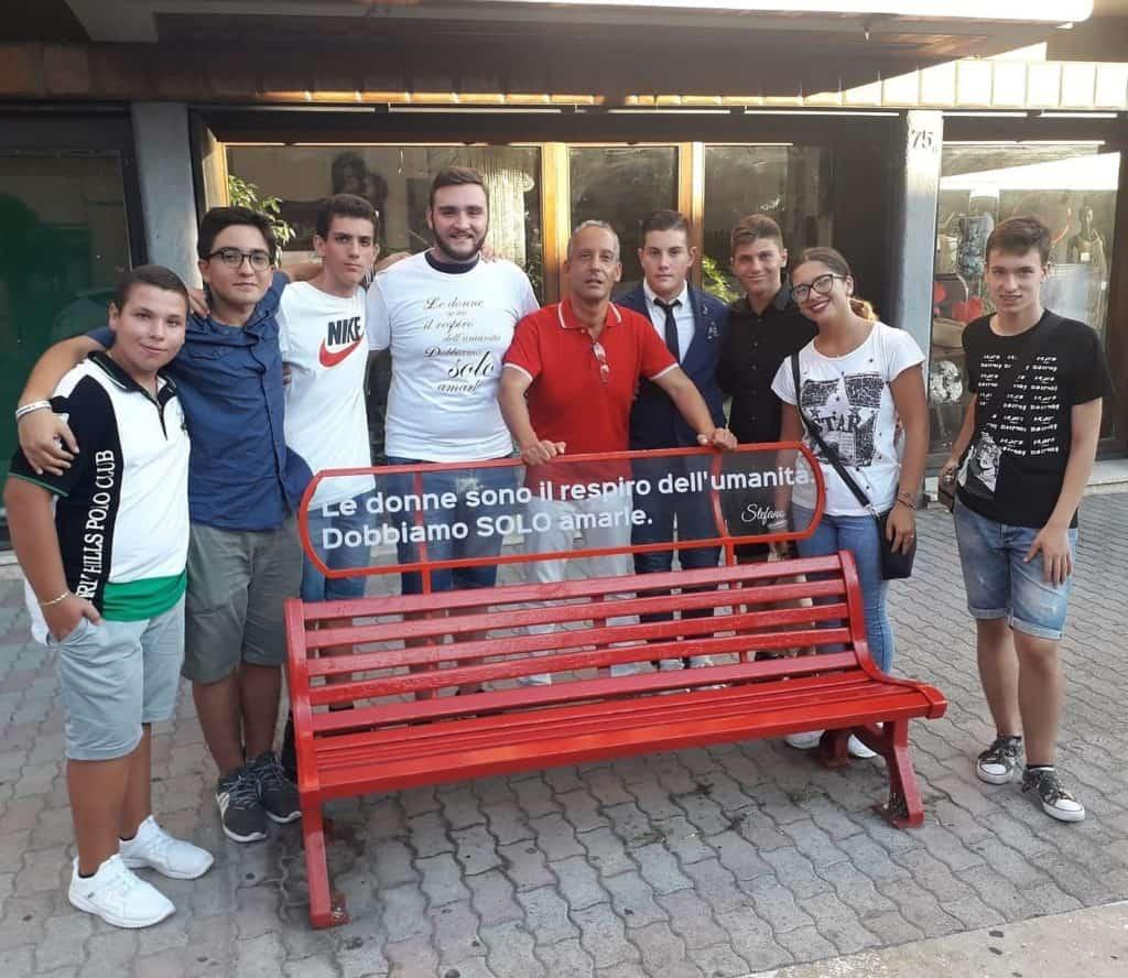 Panchina rossa: Lega Giovani in campo contro la violenza sulle donne