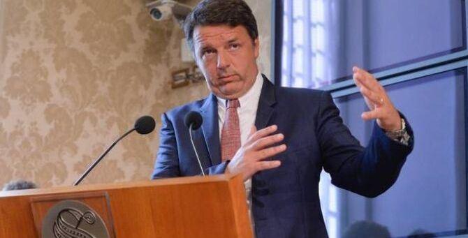 Renzi 'regista' della crisi