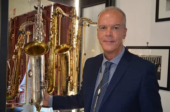Fiumicino, grande folla all'inaugurazione del Museo del Saxofono del M° Attilio Berni
