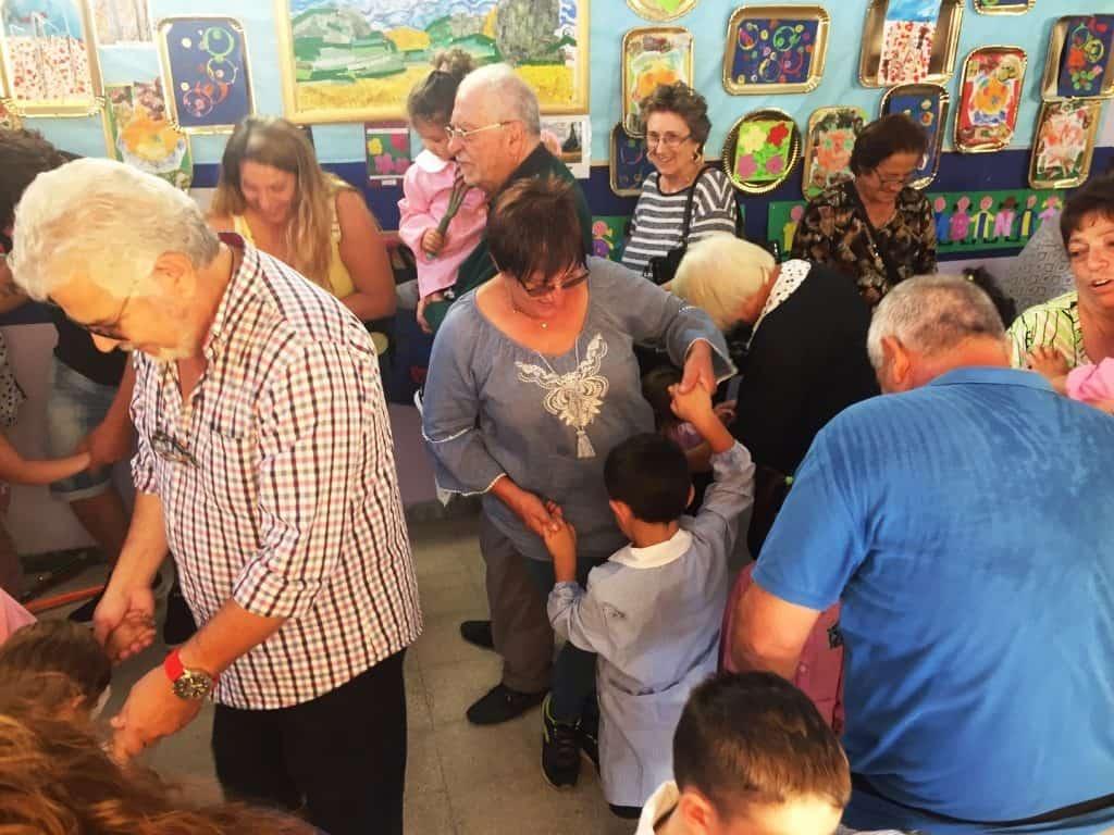 Cerveteri, alla Don Milani di Ceri si festeggiano i nonni