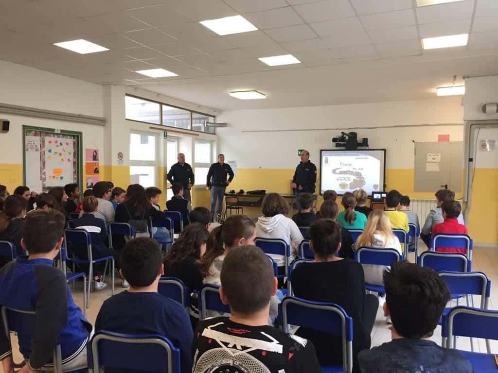 La Polizia ferroviaria incontra gli studenti della Ladispoli 1