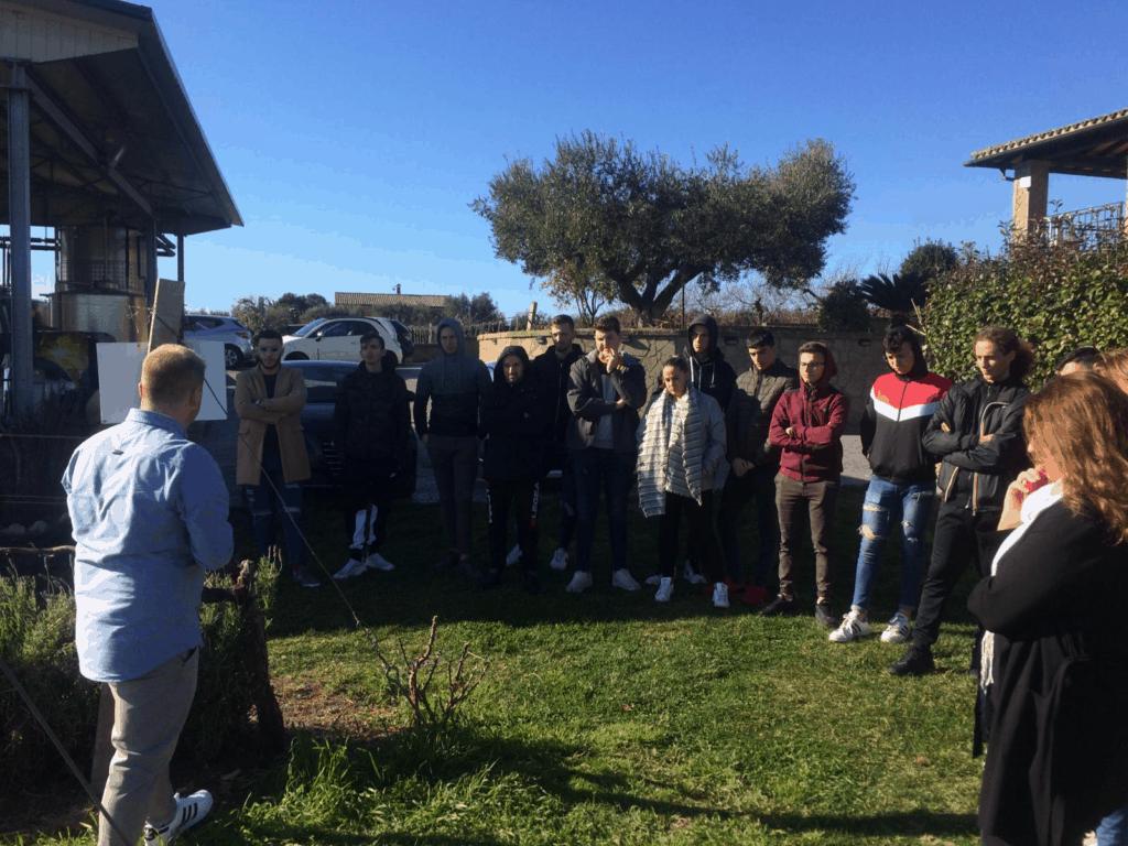 All'alberghiero di Ladispoli il corso per sommelier di primo livello di Catia Minghi