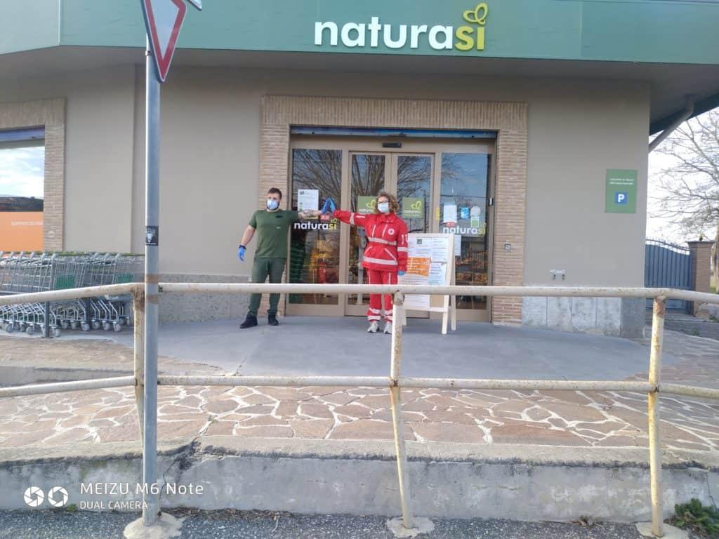 Fiumicino, NaturaSì con la Croce Rossa per aiutare i più deboli