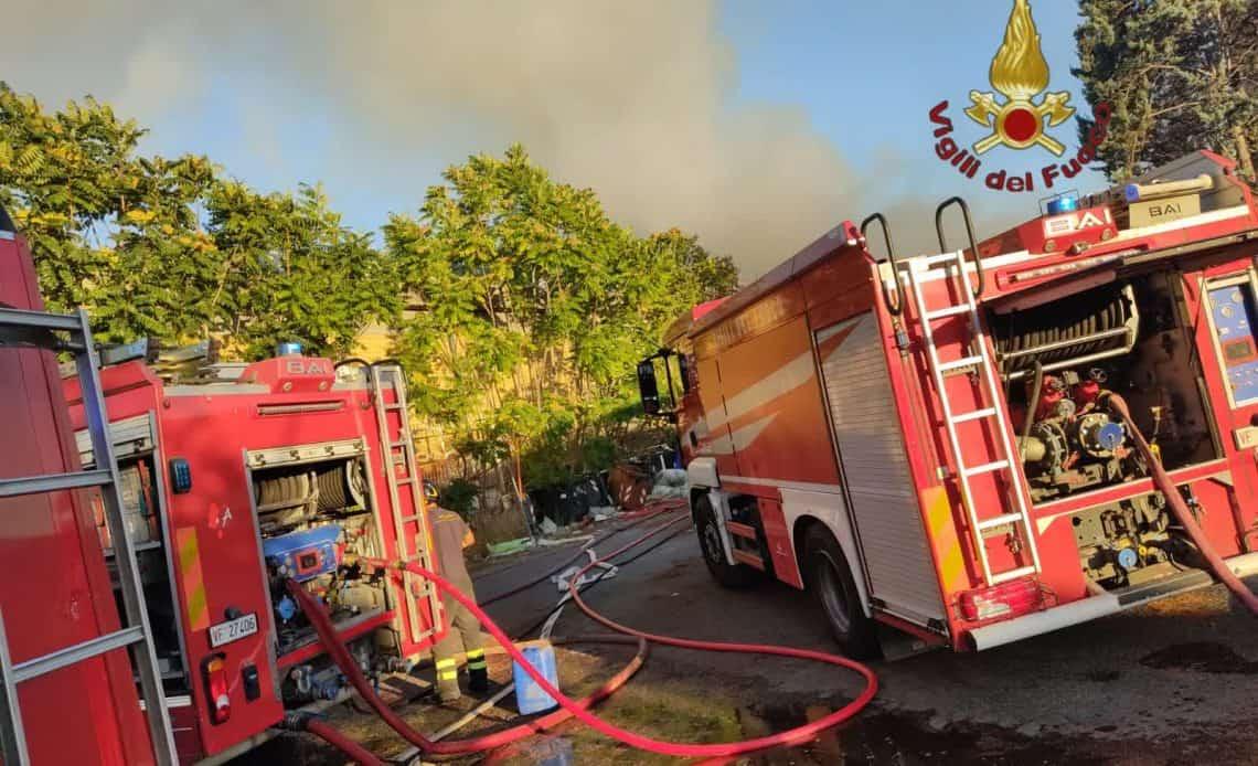 Roma. Incendio sul GRA: corsia interna interrotta dalla Stradale