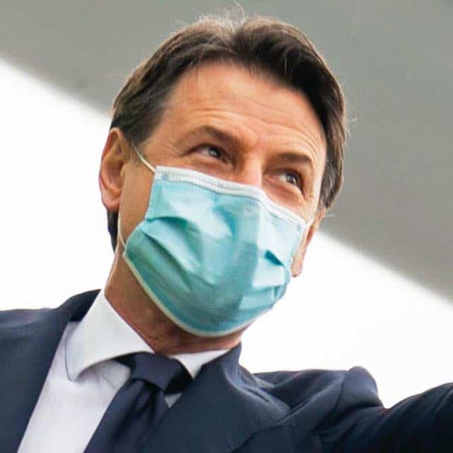 Coronavirus, il premier Conte valuta un lockdown più 'morbido'