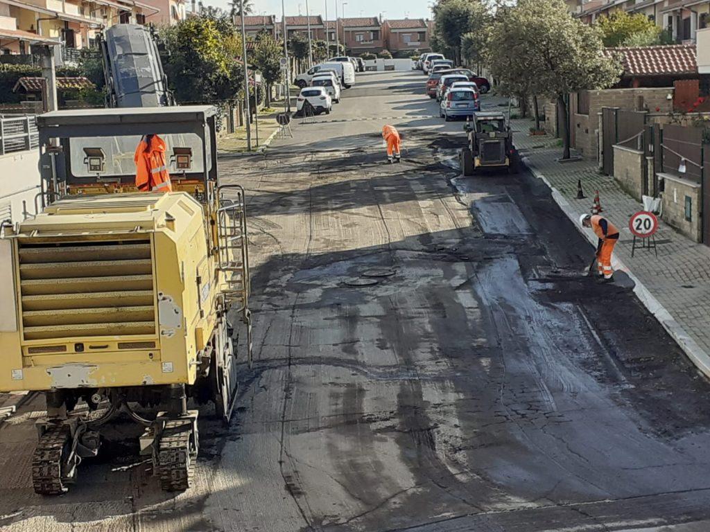 """Lavori pubblici, l'Assessore Sandro De Paolis: """"In corso riqualificazione delle strade al quartiere Boccelle"""""""