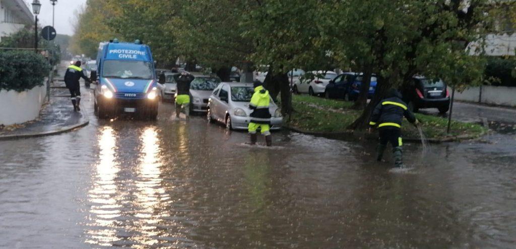 Cerveteri: strade allagate e alberi caduti, interventi su tutto il territorio