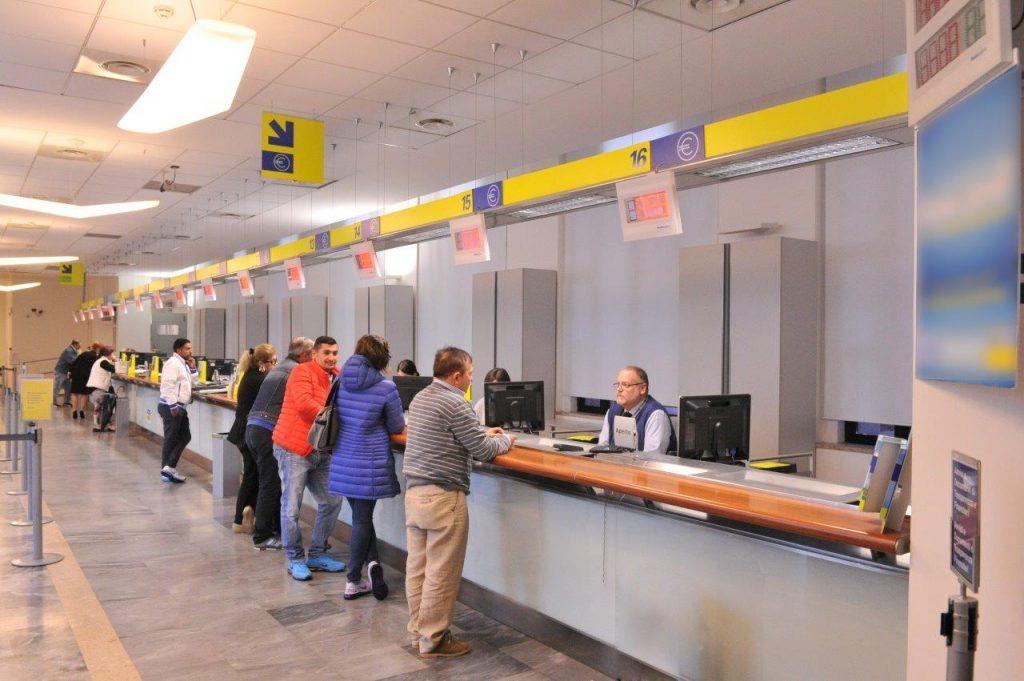 Civitavecchia e litorale: in 14 uffici postali il turno si prenota con whatsapp