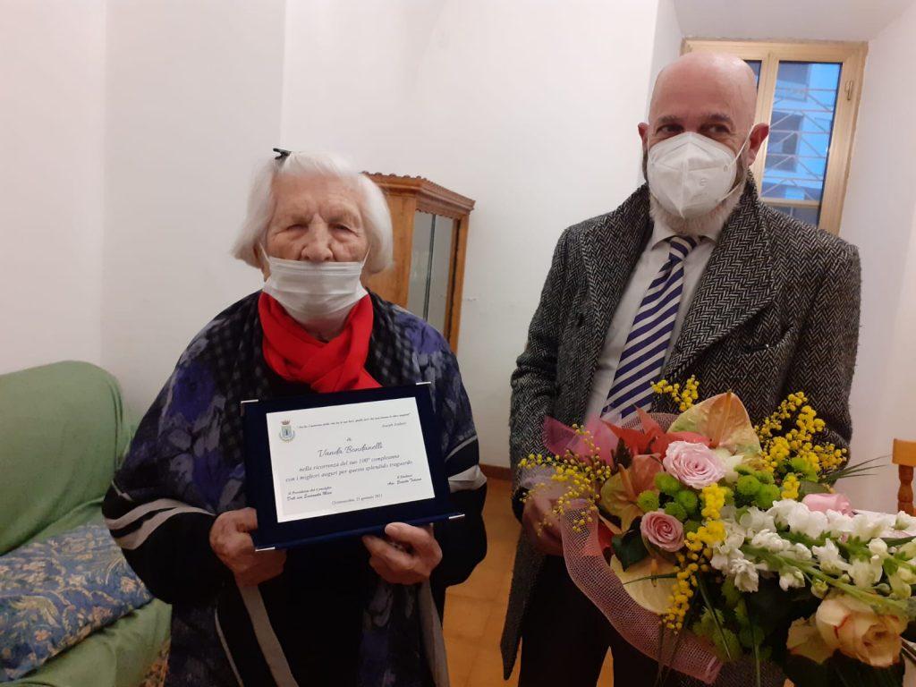 Civitavecchia: festeggia 100 anni, auguri a Vanda Bondanelli