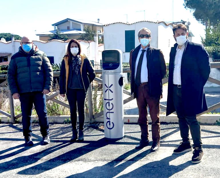 Santa Marinella: inaugurata la prima colonnina per la ricarica dei veicoli elettrici