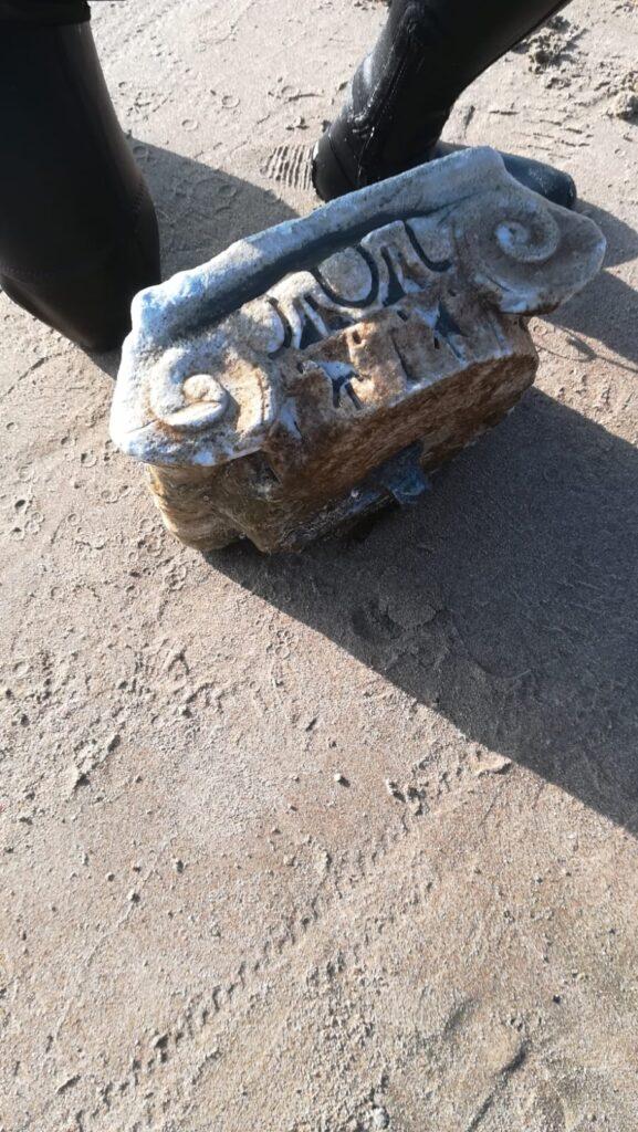 Cerveteri, un capitello di epoca romana rinvenuto in acqua