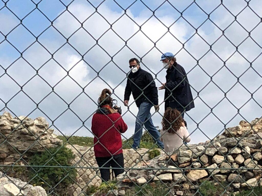 Ladispoli: troupe di Rete 4 alla villa di Pompeo a Marina di San Nicola