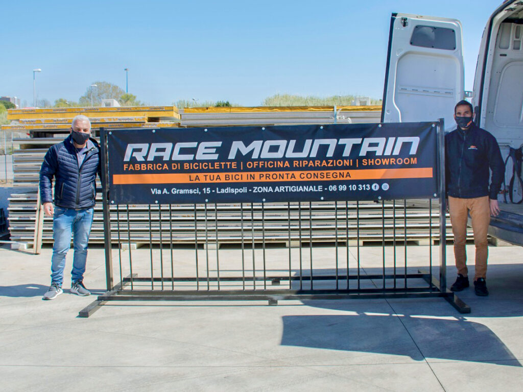 race mountain rastrelliera biciclette scuola ilari alpi