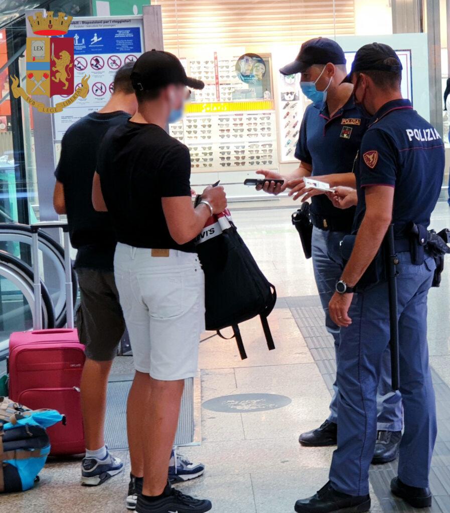 Controlli nelle stazioni ferroviarie del Lazio, 3 persone arrestate