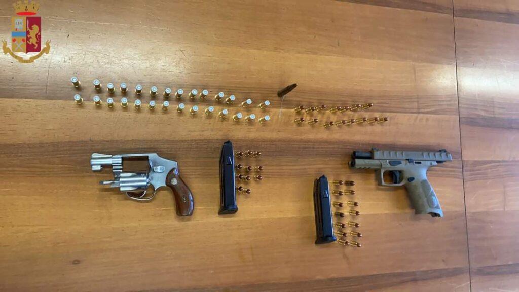 Roma: pistole rinvenute sotto il materasso. Arrestato un 49enne